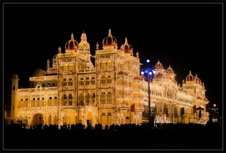 Mysore Palace by Flickr User Ashwin Kumar, CC License = Attribution, Share Alike