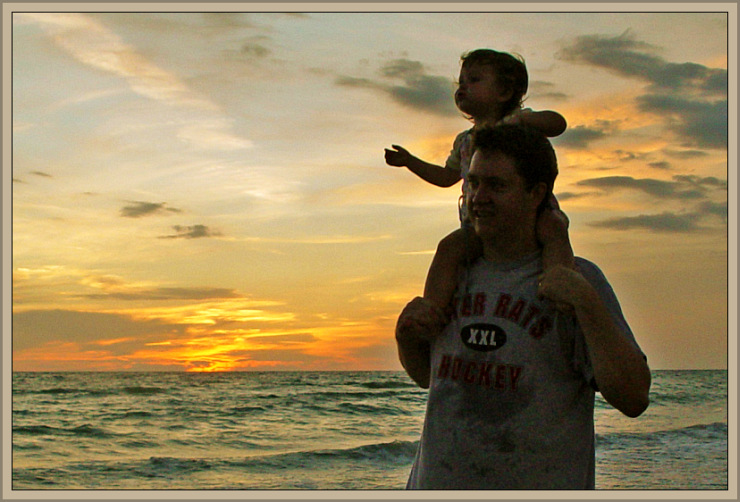 On Daddy's Shoulders by Flickr User scott.hoag, CC License = Attribution