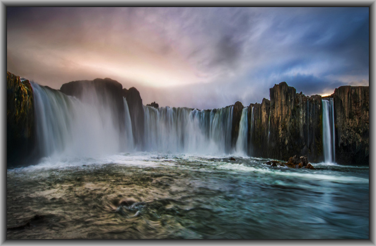 The Beginning of Time by Flickr User Trey Ratcliff aka Stuck In Customs, CC License = Attribution, Noncommercial, Share Alike